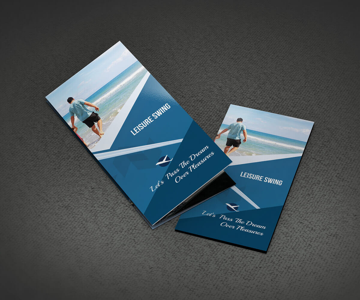 free travelling tri-fold brochure